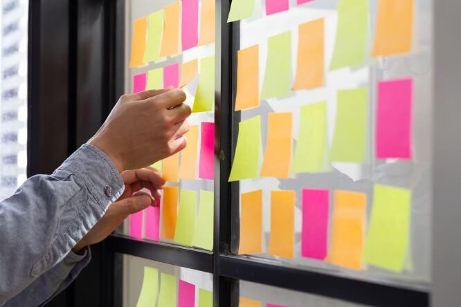 Zwinne zarządzanie – metodyka Agile w HR
